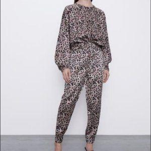 🐆 ZARA Satin Effect Leopard Jogging Suit S, BNWTs